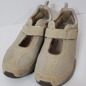 Danskin  Hook And Loop Tan Walking Shoes Sz 8.5 M